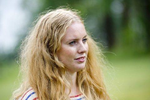 """""""DET ER NOK NÅ!"""": Emilie Bersaas la torsdag ut et Facebook-innlegg hvor hun ga uttrykk for at hun er lei debatten om hvor det nasjonale minnesmerket til Utøya-terroren skal ligge."""