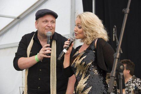HILT OG PEDERSEN:  Unni Hilt og  Mads Pedersen står i spissen for bandet som spiller under Lørdagsjazzen på Høvleriet.