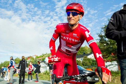 SMILER TROSS ALT: Sven Erik Bystrøm har fortsatt mye å glede seg til. Snart er det blant annet sykkel-VM på hjemmebane i Bergen.