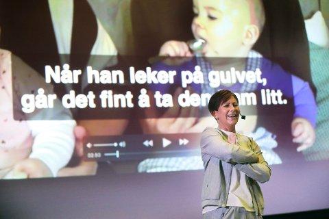TYDELIG: Line Melvold mener foreldres bruk av mobiltelefon hindrer utviklingen av hjernen i barnas første leveår.