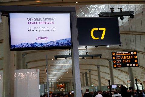 Utvidelsen av Oslo lufthavn Gardermoen åpner torsdag. Flyplassen får en kapasitet på oppmot 32 millioner passasjerer årlig.