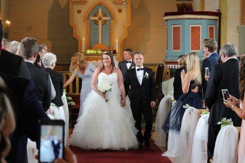 Endelig: Paret som møttes på ungkarsfestivalen i 2010, ble endelig gift, lørdag 8.juli.