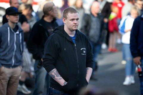 Eilif-Hevrøy (21) har blitt mobbet hele livet og har angst for store folkemengder.  Foto: Harald Nordbakken