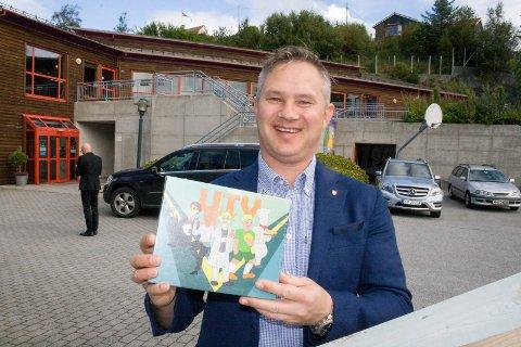 NYTT SPILL: Kjell Helge Kleppestø, leder for Senter for yrkesrettleiing i Hordaland fylkeskommune. UTV-spelet er lansert.