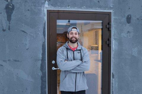 UTVIDER: Andreas Askeland har tatt permisjon fra jobben offshore for å bruke enda mer tid på treningssenteret han eier og driver, CrossFit Verftet. Det ligger på Flotmyr og overtar nå Bestmarine sine tidligere lokaler mot Karmsundgata.