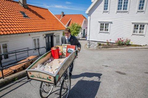 HISTORIEINTERESSERT: Svein Helge Bergheim Torsteinsbø (23) blir å se i dokumentaren «Jesus lever på Karmøy»