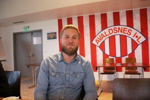 FORNØYD: Daglig leder i Avaldsnes Stian S. Nygaard er fornøyd med klubbens to siste signeringer.