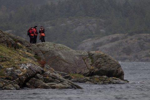 FORTSETTER: Leting etter hummerfiskeren på Bokn fortsetter søndag.