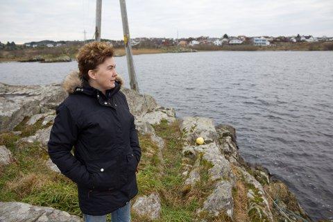 Anita K. Lund etablerte facebook-gruppa for hobbyfotografer på Karmøy.
