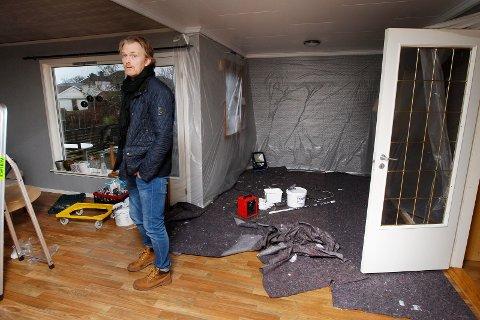 Karmøy 071218 Knut Even Medhaug fikk brann i huset etter at en Flexit baderomsvifte tok fyr    Foto:  Harald Nordbakken