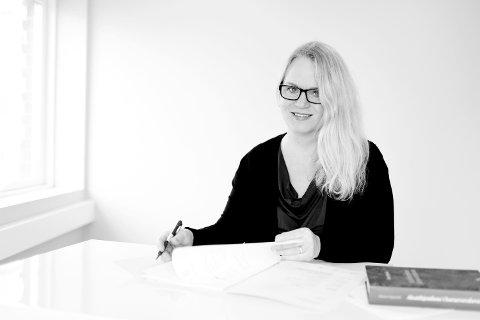 KRITISK: – Det må stilles spørsmål om ivaretakelsen av familiens rettssikkerhet, sier advokat Åse Langeland.