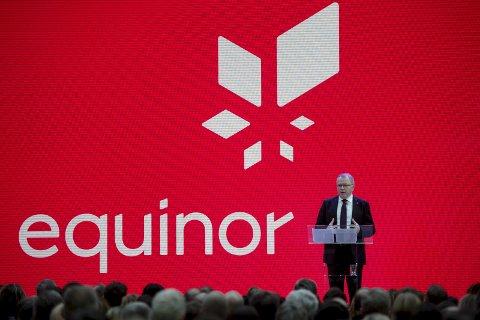 PRESENTASJON: Statoils konsernsjef Eldar Sætre presenterte det nye navnet Equinor i Stavanger 15. mars i år. Foto: NTB scanpix