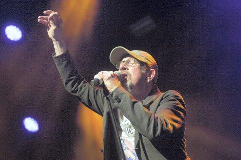 FLYTTEN: Chris Thompson spiller på Flytten pub fredag.