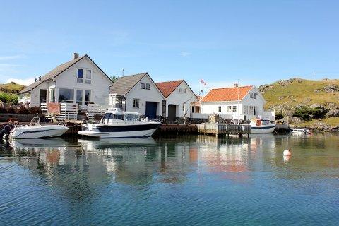 Mange vil ha tilgang til sjøen, som her på Feøy i Karmøy kommune.