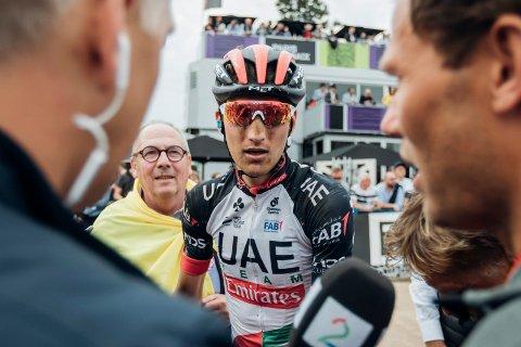 EN LITEN OPPTUR: - En sensasjon, var dommen til TV 2-kommentator Christian Paasche da Sven Erik Bystrøm holdt unna Peter Sagan og resten av verdenseliten i Vuelta a España. Men han måtte likevel nøye seg med den sure 2. plassen på etappen.