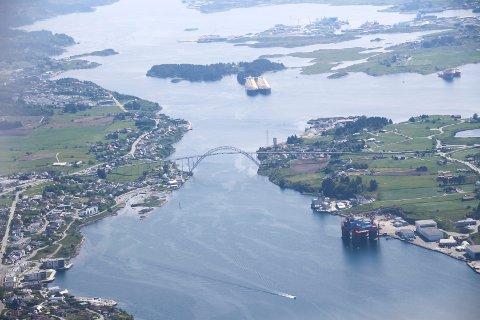 Haugesund-politikerne burde skjemmes hver dag resten av livet, i alle fall resten av sommeren.Det mener Kenneth Nordbø fra Karmøy.