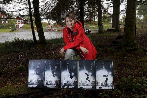 STILLER UT: Fotograf Grethe Nygaard med en bildeserie av Janove Ottesen - en av hennes favorittartister og favorittobjekt.  Foto:  Harald Nordbakken