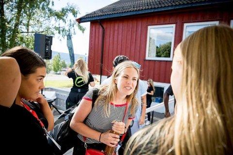 NYTTIG NETTVERK: Othea Vikse (22) setter pris på nettverket hun har bygget under gründercampen på Lillehammer.