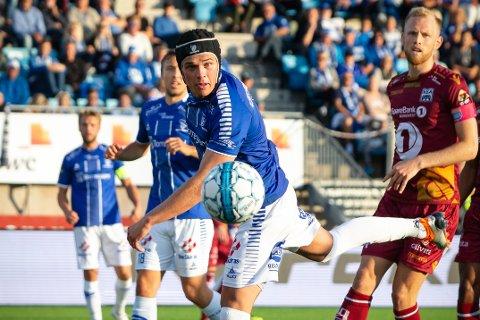 UNNA VEI, HER KOMMER JEG: - Det var en opplevelse, sier Bjørn Inge Utvik om å kvalifisere seg til Europaligaen, som sikrer Sarpsborg 08 minst 50 millioner kroner. Noe av dette drypper også på spillerne.