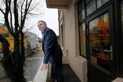 HÅPER PÅ UTBYTTE: Svend Inge Stueland, administrerende direktør i Haubo, mener det er viktig for boligbyggelag å ha flere bein å stå på. Nå går Haubo inn med en 2,5 prosent eierandel i den nyetablerte Boligbanken ASA.