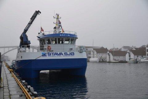 EN AV TRE: «Safir» er en av  Stava Sjøs servicebåter. Den ble døpt for et knapt år siden.