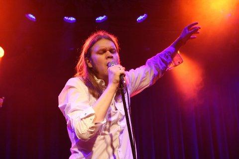 D'ACCORD:  Daniel Måge og bandet hans spiller på Holmen i Skudeneshavn lørdag.