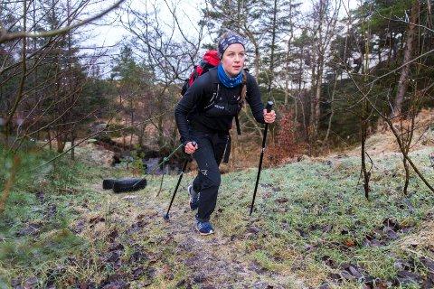 KREFTER: Ingvild Paulsen Vie trekker dekk i motbakke for å bli sterkere.