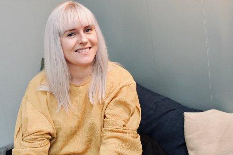 POPULÆR PÅ SNAP: Karoline Kolstø fra Haugesund er en av damene bak snapchatkontoen Mammabanden.