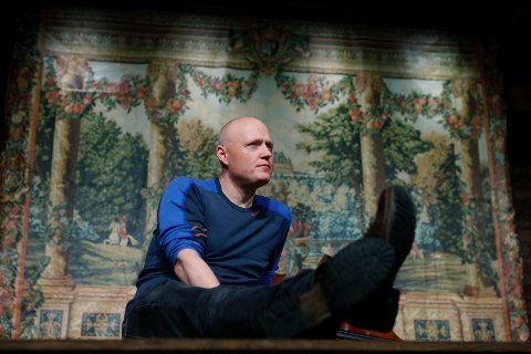 """FRODIG TEATER: - På Tønneloftet blir det intimt og uformelt når vi setter opp Shakespeares """"En midtsommernattsdrøm"""", sier teatersjef Morten Joachim ved Haugesund Teater.    Foto:  Harald Nordbakken"""