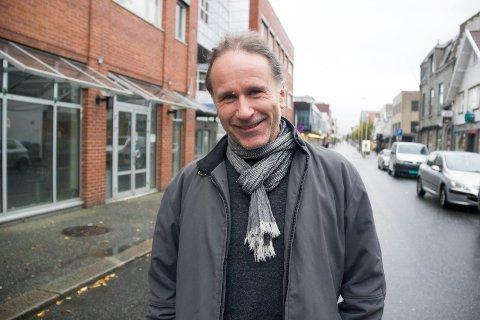 PÅ HJEMTRAKTER:  - Jeg har hus og mye slekt i Haugesund, sier Willy Kringeland (55) som livnærer seg som frilanser i Oslo.