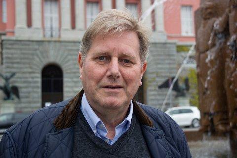 SILDAJAZZ:  - Vi tjener ikke penger på ølsalget under Sildajazz, kun på konsertene på Rådhusplassen, sier festivalsjef Bjarne Dankel jr.