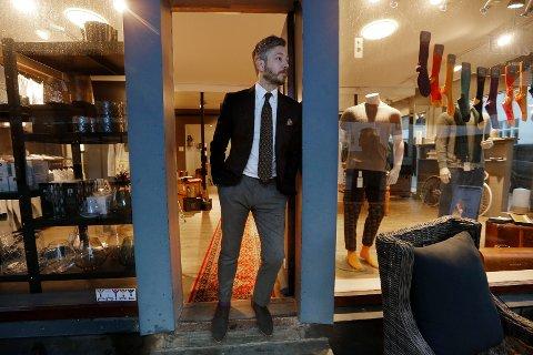 NY JOBB: Andre Ernst Grønås går fra klær til bil.