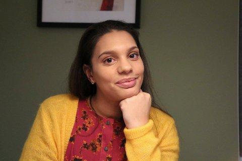 VIL HJELPE: Linn Hovden (32) har slitt med angst og alvorlig depresjon i store deler av livet. Nå er livet lysere og hun ønsker hjelpe andre.