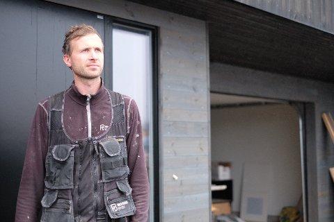 TO INNBRUDD: Egil Kvalevaag opplevde at noen brøt seg inn i huset bak ham to ganger på tre dager.