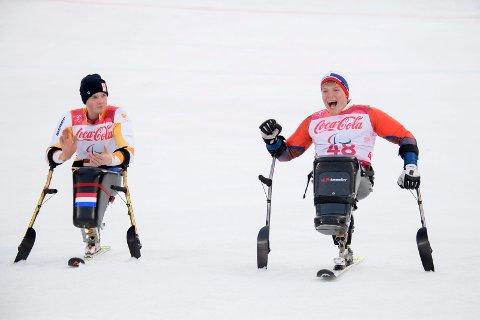 KONKURRENTER: Jeroen Kampscheur (t.v.) og Jesper Saltvik Pedersen hadde en hard kamp om 1. og 2. plassene i helgens storslalåmrenn i Sveits.