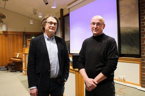 Henry Damman (t.v.) og Ivar Thorkildsen i Statens vegvesen informerte Karmøy kommunestyre 11. februar 2019