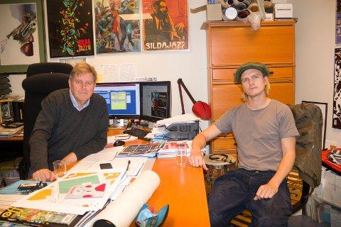 SILLAJASS: Festivalsjef for Sildajazz, Bjarne Dankel jr. (til v) er godt fornøyd med at han har fått Odin Staveland til å lage årets bestillingsverk. Det heter «Sillajass».