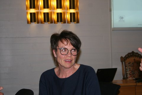 SVAR PÅ TILTALE: Sp-gruppeleiar i Etne kommunestyre, Mette Heidi Bergsvåg Ekrheim tok eit oppgjer med broren, Arne Bergsvåg i Vindafjord, som hadde ironisert over etnepolitikarane sin angivelege manglande samarbeidsvilje i NAV-saka.