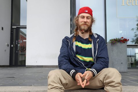 LAVVO TIL LEIE? Student Marius Iversen (27) bestemte seg for å legge ut en litt annerledes boligannonse i håp om å få tak i en rimelig plass å bo.