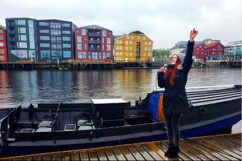 INSTALLERTE SETTER: Grunnen til trakasseringen skal være setene Amanda Hausken satt på åfjordsbåten sin.