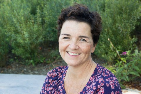 ÅPNER SALONGEN: - Vi åpner den niende Litterær Salong etter et års pause 26. september, forteller Siri M. Kvamme.
