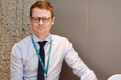 – SETT AV TID: Banksjef i DNB, Mareno Vevang, oppfordrer alle til å gå nøye gjennom skattemeldingen.