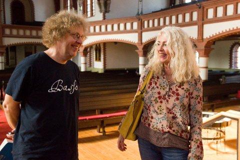 TO KONSERTER:  Goos ten Napel skal dirigere Vår Frelsers kirks kantori og Stavanger Oratoriekor . Anne Grete Meling er korsanger i kantoriet.