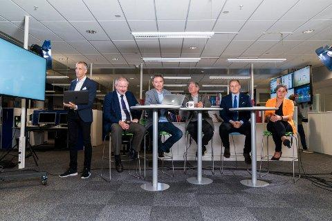 FRA VALGSENDINGEN: Einar Tho, Petter Steen jr, Knut Netland, Arne-Christian Mohn, Harald Larssen Lønning og May Britt Vihovde.