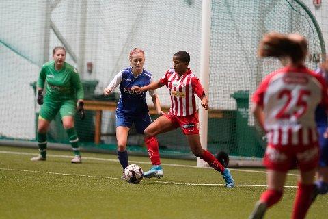 FIKSET SEIEREN: Avaldsnes-spissen Rasheedat Ajibade scoret to mål mot Presselaget.