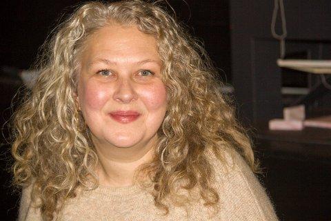 """SPILLER LEGE: - Jeg er glad for den gode mottakelsen TV-serien """"22. juli"""" har fått, sier skuespilleren Ane Skumsvoll ved Haugesund Teater."""