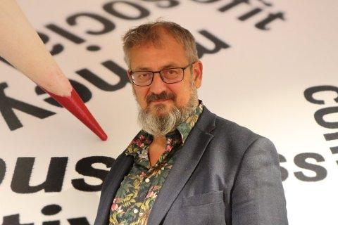 VIL SKILLE SEG UT: Bjørn Oddvar Madsen sier at Karmøynytt skal være et supplement, heller enn en konkurrent, i det lokale mediebildet.