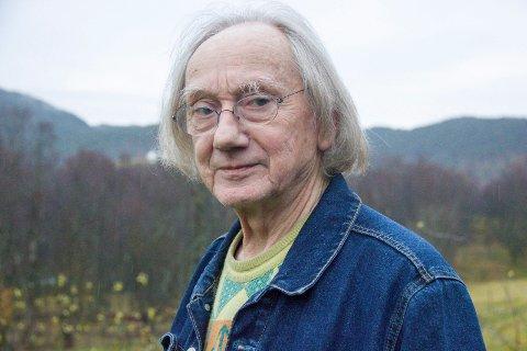 """Sveio 271119. DEBUTANTEN: - Å spille mot Stallan Skarsgård var fullstendig uproblematisk. Han er liketil og grei, sier Einar Økland, 79 år og skuespillerdebutant i filmen """"Håp""""."""