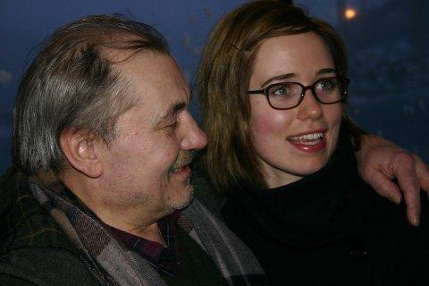 """PÅ PLASS:  Bjørn Sundquist og Rikke Westerlund Lie på pressekonferansen da Pål Jackmans film """"Jernanger"""" ble presentert i 2009. Og her en blid Sundquist."""