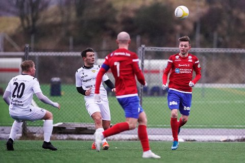 SCORET TO: Robert Kling (t.h.) scoret to mål da Vard slo Egersund 5-3 i en treningskamp lørdag.